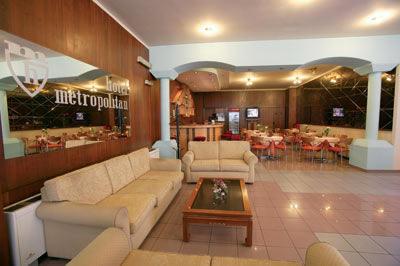 http://www.yalostours.gr/images/hotels/thessaloniki_metropolitan.jpg