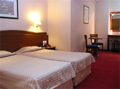 http://www.yalostours.gr/images/hotels/thessaloniki_vergina.jpg