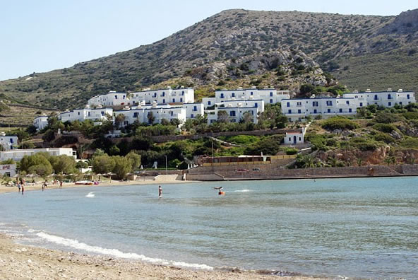 http://www.yalostours.gr/images/hotels_thumb/syros_dolphin_bay1.jpg