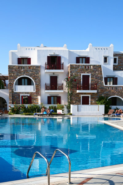 https://www.yalostours.gr/images/new/HOTELS/HOTELS%20CYCLADES_html_f3418ca.jpg